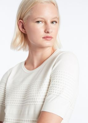 SCALLOP ALONG KNIT